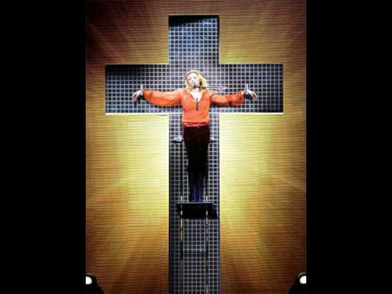2006: During her Confessions tour, Madonna staged a mock crucifixion for her performance in Rome. Catholic, Muslim and Jewish leaders united to condemn this decision.