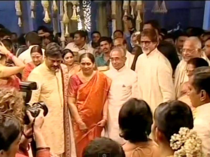 Amitabh Bachchan also attended the big fat wedding.