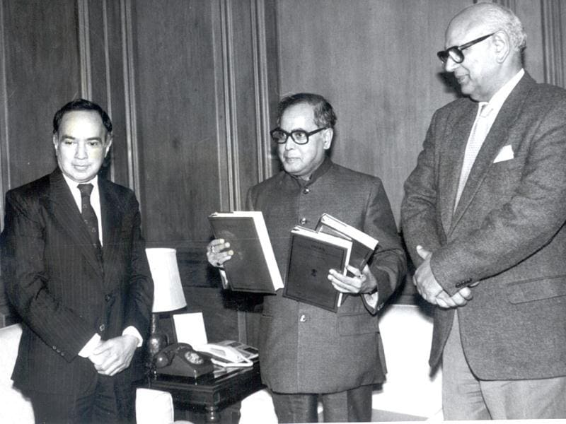 In this HT archive photo, former foreign secretary K Srinivasan is seen with Pranab Mukherjee. Mukherjee has been nominated as the UPA's Presidential candidate.