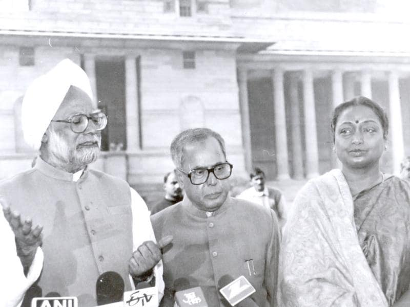 In this 1999 file photo, Pranab Mukherjee is seen with Congress leaders Manmohan Singh and Meira Kumar.