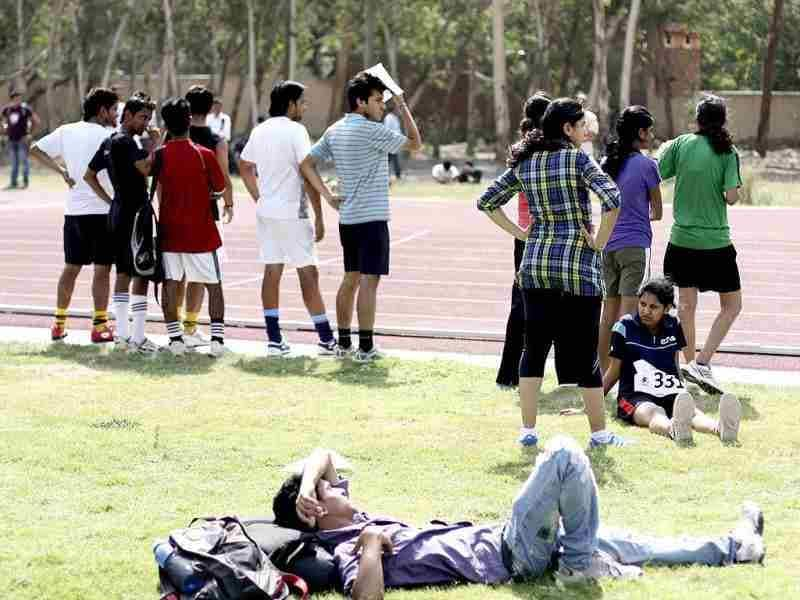 Students participating in the fitness trail test for admission at Shri Ram College of Commerce in New Delhi. HT/M Zhazo
