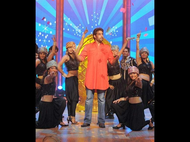 Abhishek performed on-stage in his Bol Bachchan getup. (UNI)