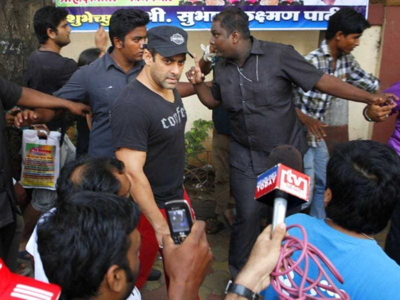 "Salman apparently came back to give the filmmakers strict orders that, no matter how long it takes, all safety measures needed to be double-checked and he wouldn't shoot until things were taken care of."" (HT Photo: Prodip Guha)"