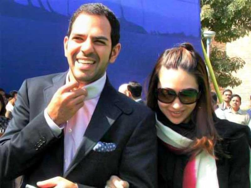 Karisma Kapoor married Delhi-based businessman Sanjay Kapur who was married to fashion designer Nandita Mahtani. Sanjay's first marriage ended in a divorce.