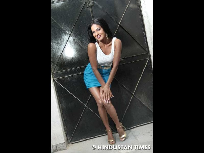 Veena Malik says she wants to be a singer.