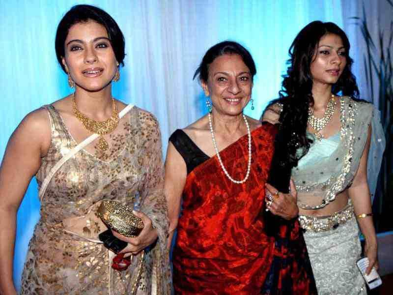 Kajol with mother Tanuja and sister Tanisha.