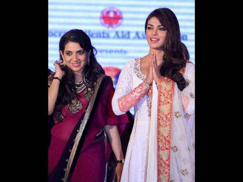 The fashion show showcased designers Manish Malhotra and Shaina NC in support of the Cancer Patients Aid Association (CPAA) in Mumbai on July 1. (UNI photo)