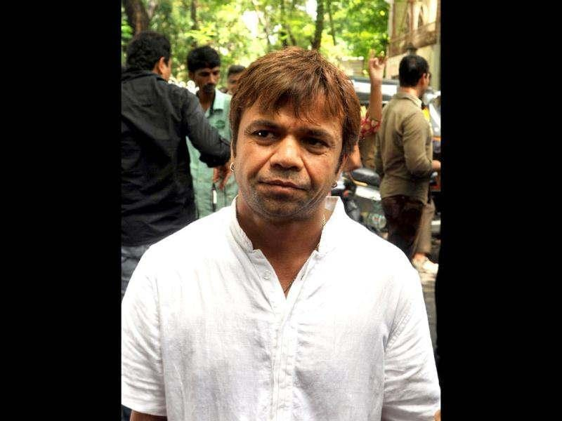 Rajpal Yadav was also spotted at the cremation ceremony of late actor Dara Singh.
