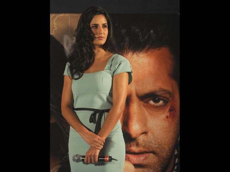 Katrina looked pretty against the backdrop of the war-beaten Salman Khan in the poster.