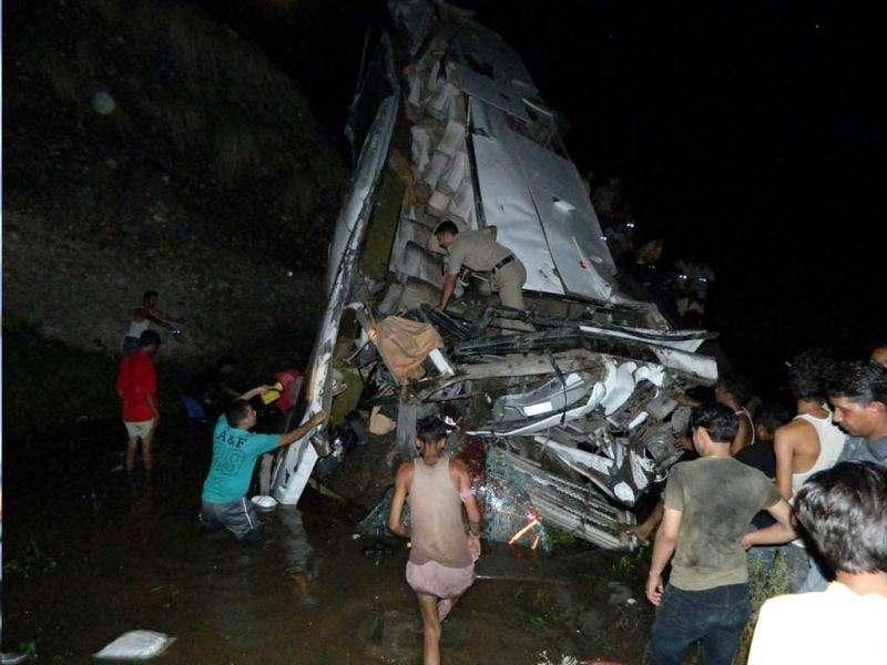 Eight Amarnath pilgrims were killed and thirty others injured as the bus they were travelling in, fell into a deep gorge near Kangra tunnel,22-Km from Dharamsala on late Saturday evening. (Agencies)