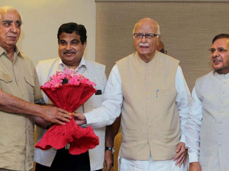 Senior BJP leader Jaswant Singh with LK Advani, Nitin Gadkari and Sharad Yadav after he was announced as NDA's vice-presidential candidate in New Delhi. Atul Yadav/PTI Photo