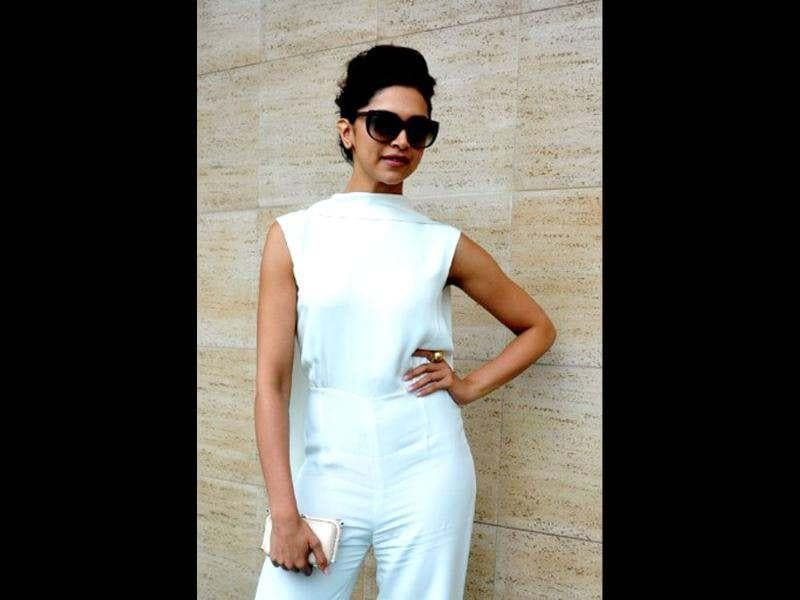 Last week, Deepika was seen in a white top again for a Women's Health magazine launch.