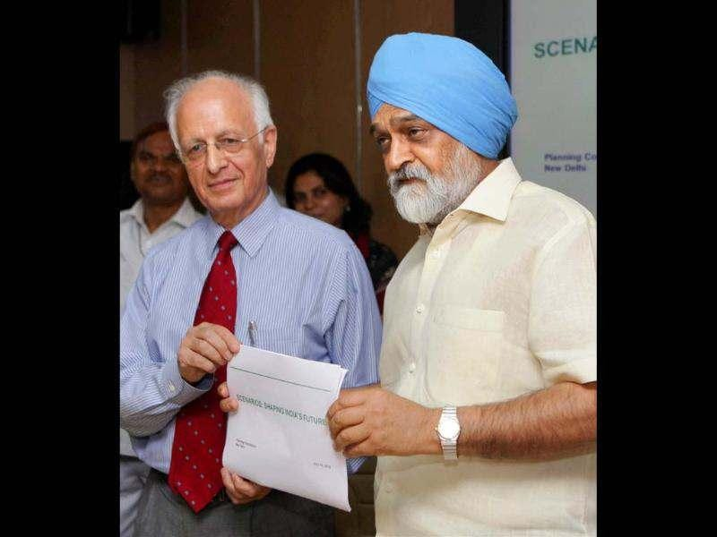 Deputy chairman of Planning Commission Montek Singh Ahluwalia and Arun Maira, member of Planning Commission release a report titled Scenarios: Shaping India's Future, in New Delhi. PTI photo