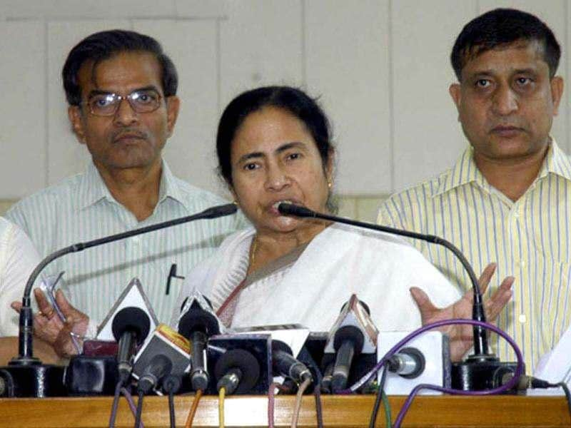 West Bengal chief minister Mamata Banerjee along with her cabinet ministers and party leaders addresses a press conference at Writers' Building , in Kolkata. HT photo