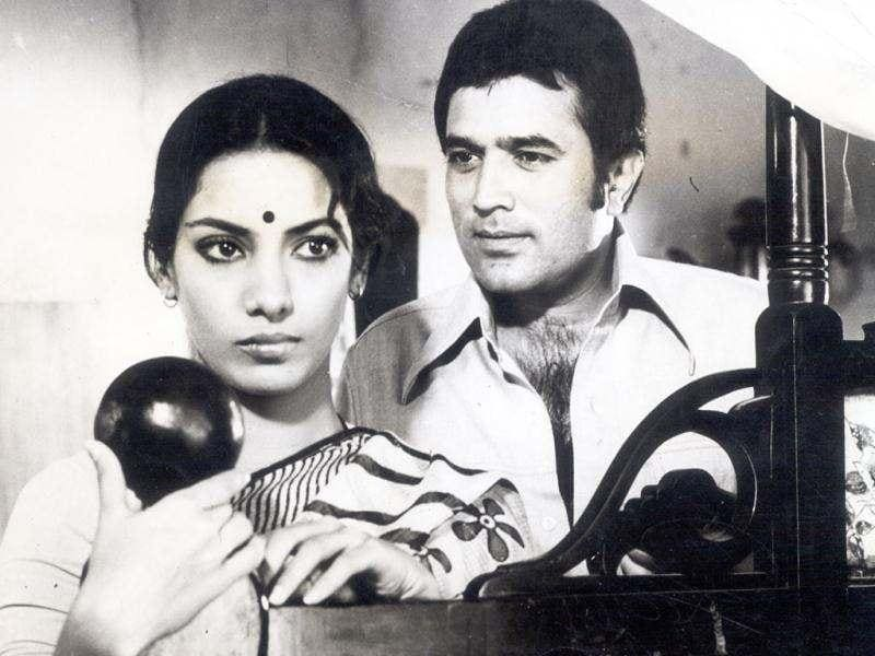 Rajesh Khanna played a convincing widower in film Thodi Si Bewafai.