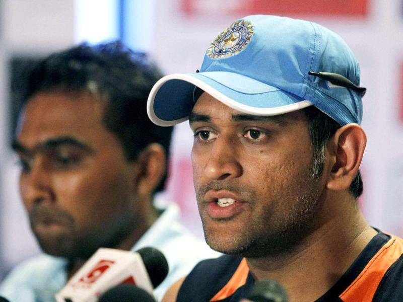 Mahendra Singh Dhoni (front) speaks as Sri Lankan captain Mahela Jayawardene looks on during a news conference ahead of their ODI cricket series with Sri Lanka, in Colombo. Reuters photo