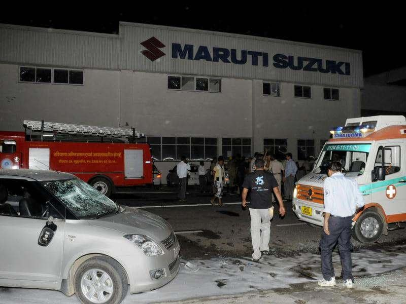 Maruti Suzuki workers ransacked office premises and set the HR office on fire at Manesar plant in Gurgaon. HT Photo/Parveen Kumar