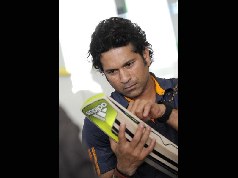 The 'meet and greet' event gave Tendulkar's compatriots a chance to get up close and personal with their icon, and they just could not have enough. Screaming and shouting, they exhibited a zeal that is typically Indian, especially when it comes to cricket.