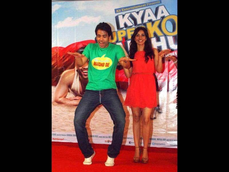 Bollywood actor Tusshar Kapoor and actress Neha Sharma dance to Dil Garden Garden from their upcoming raunchy film Kyaa Super Kool Hain Hum during a promotional event in Mumbai on July 21. (UNI photo)