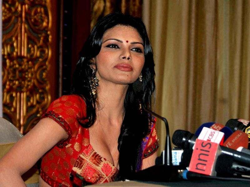 "Sherlyn Chopra tweeted: ""I shud b given a Bharat Ratna award-d highest civilian award of d Republic India given 4 d highest degree of service 2 the nation. Seriously! (sic)."