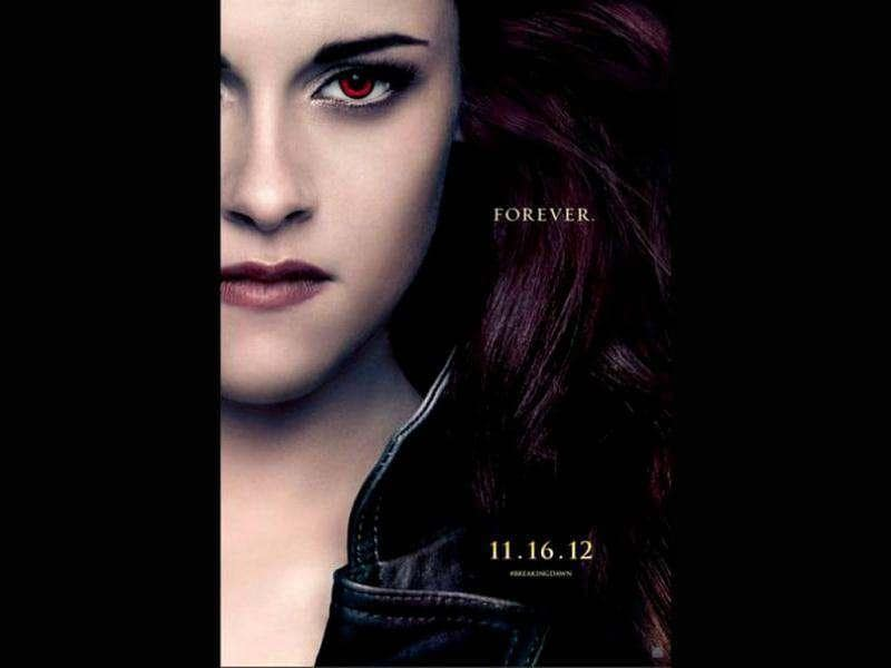 This is the first time Bella Swan is seen with the vampire eyes, just like the rest of the clan.