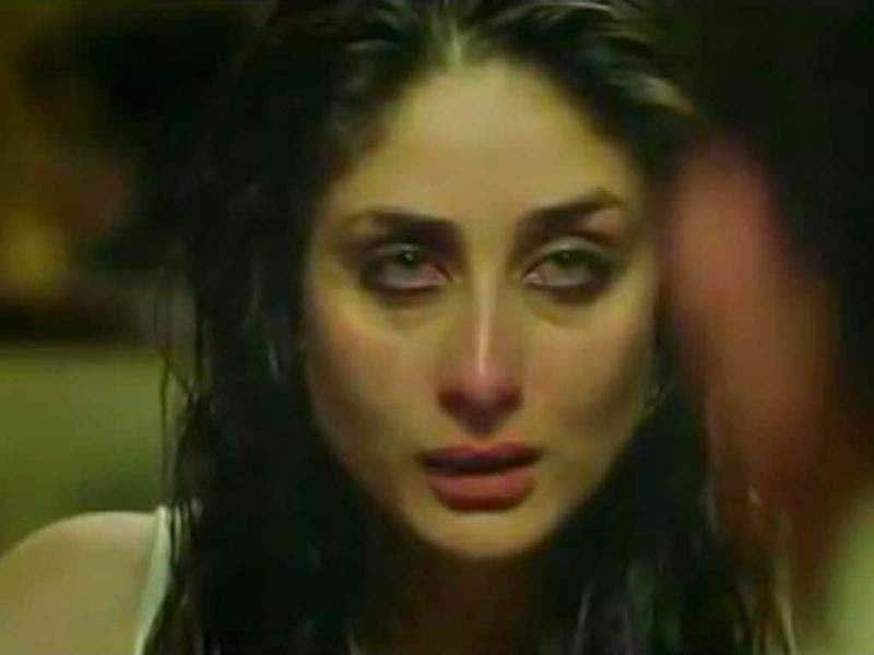 Heroine Kareena Kapoor admits to the police that she has been assaulted in the film.
