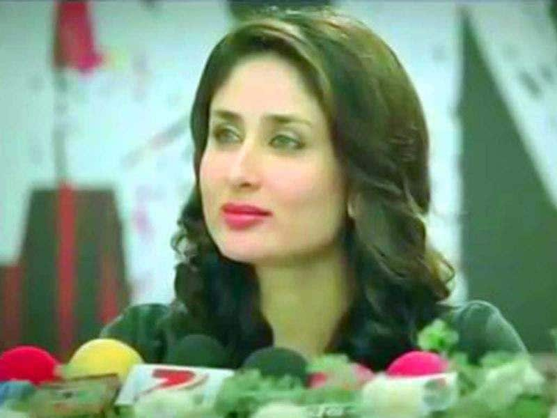 Kareena Kapoor criticises media in a press conference sequence from the film.