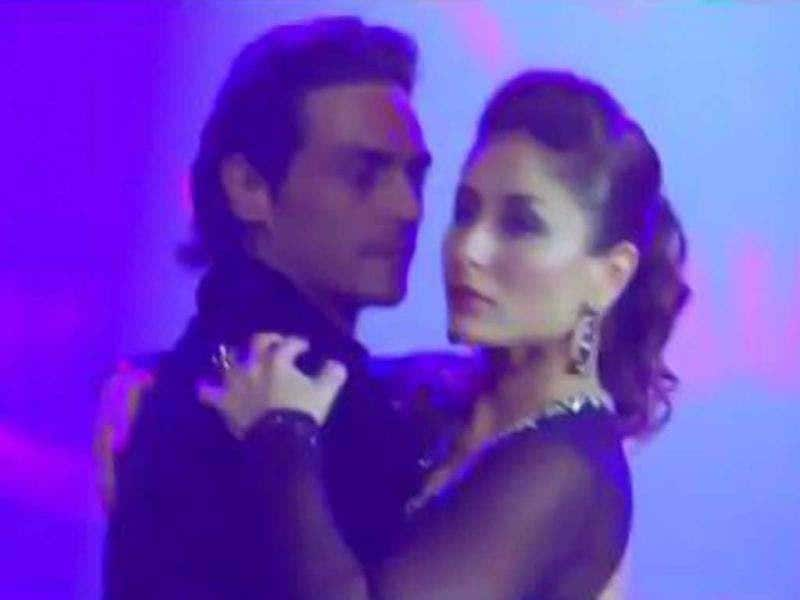 Kareena Kapoor with Arjun Rampal.