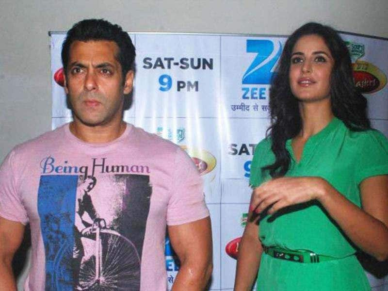Why So Serious? Salman Khan looks quite unpleasant while Katrina strikes a cheerful smile.