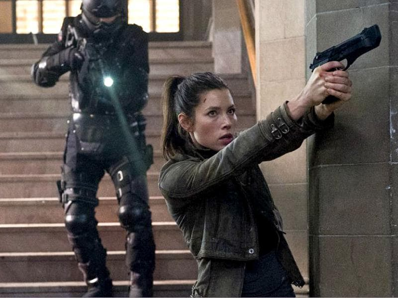 The film also stars Jessica Biel, who plays Melina, a rebel fighter.