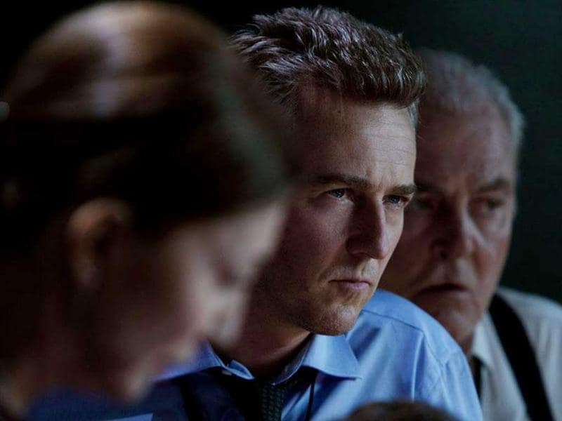 Edward Norton plays Eric Byer, who is the film's primary antagonist.