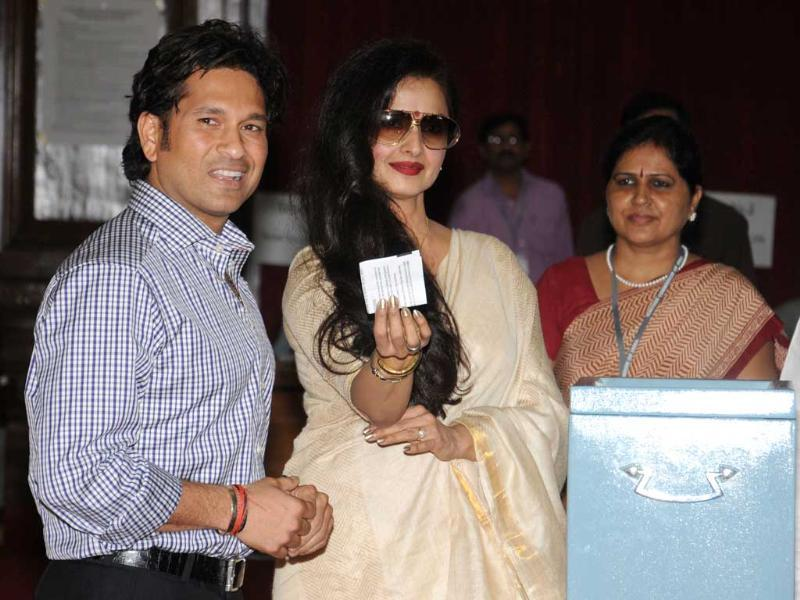 Sachin Tendulkar and Bollywood actress Rekha, both members of Parliament, vote during the Vice Presidential elections at Parliament in New Delhi. AFP photo