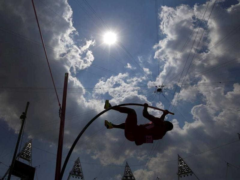 Ashton Eaton of the US competes in the men's decathlon pole vault event at the London 2012 Olympic Games at the Olympic Stadium. Reuters/Kai Pfaffenbach