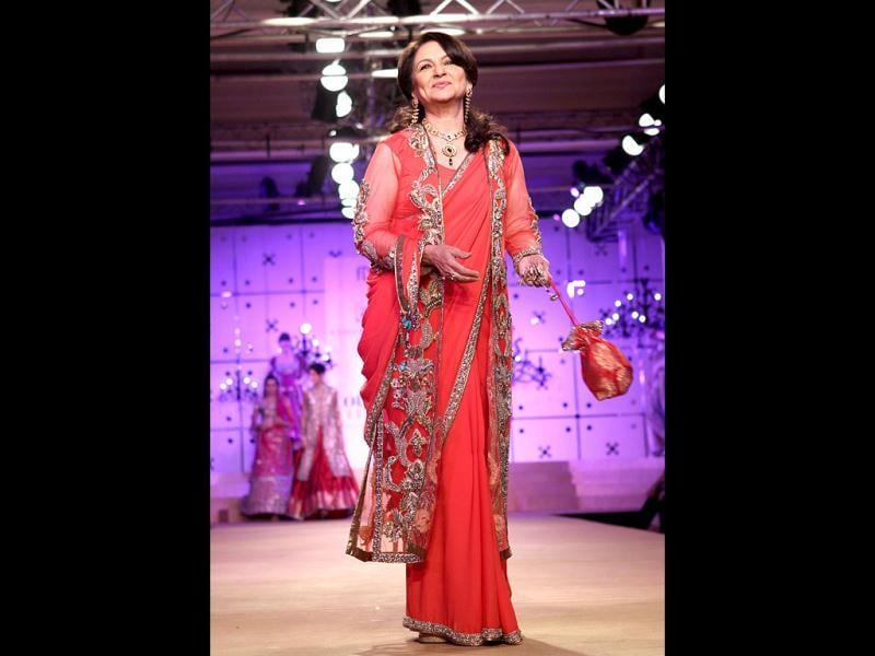 Sharmila Tagore once again turned showstopper for designer duo Ashima-Leena.
