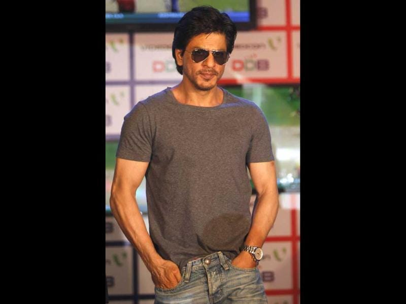 Seriously stylish SRK!
