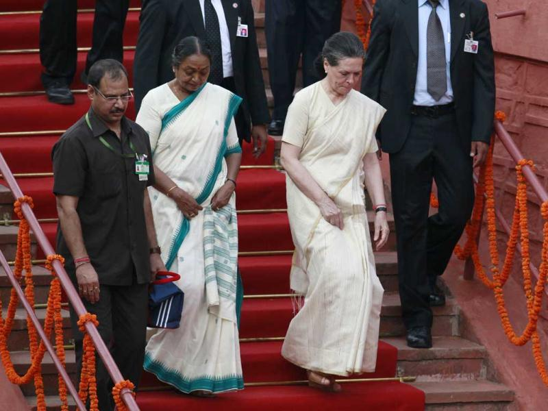 UPA Chairperson Sonia Gandhi and Lok Sabha Speaker Meira Kumar seen at the 66th Independence Day function at Red Fort in New Delhi.(Raj K Raj/ Hindustan Times)