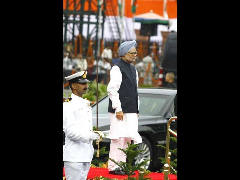 Prime Minister Manmohan Singh at the Red Fort on 66th Independence Day celebrations in Delhi. (Vipin Kumar/Hindustan Times)