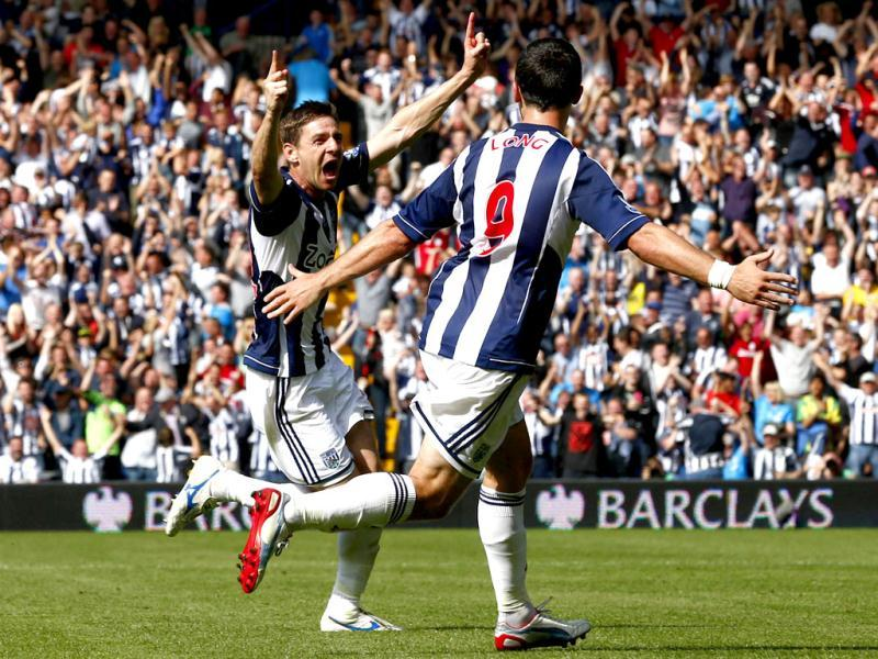 West Bromwich Albion's Zoltan Gera (L) celebrates his goal against Liverpool with Shane Long during their English Premier League soccer match at The Hawthorns in West Bromwich, central England. (Reuters)
