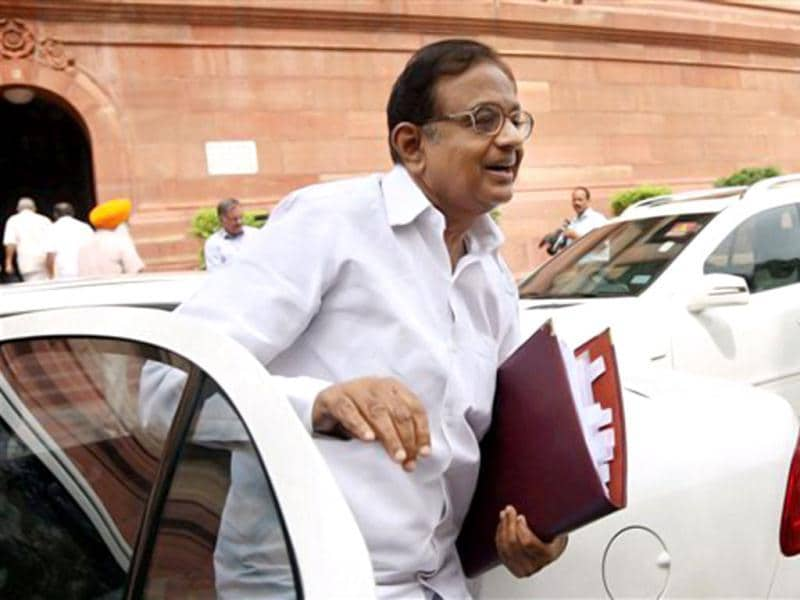 A file photo finance minister P Chidambaram. The SC rejected two petitons filed against Chidambaram seeking to make him an accused in the 2G case. (PTI)