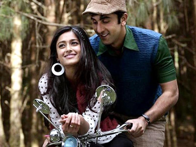 Ranbir Kapoor and Ileana D'Cruz are pairing up for the first time in Barfi but share an intense chemistry. Priyanka Chopra is seen in a different avatar.