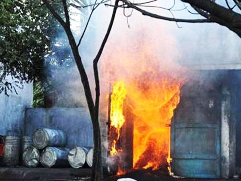At least 33 people were charred to death in the Sivakasi cracker factory fire. UNI