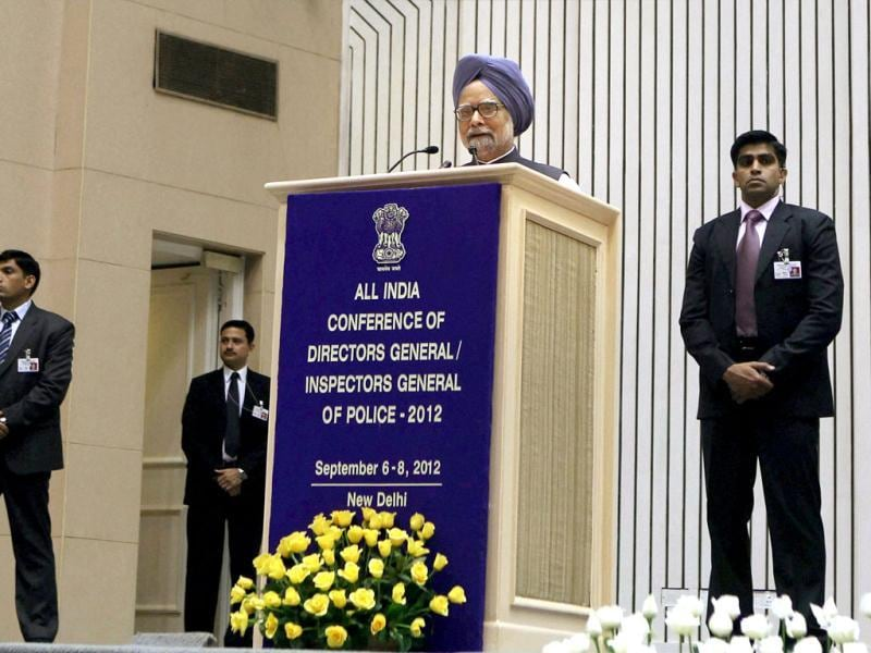 Prime Minister Manmohan Singh addressing the All India Conference of DGPs/IGPs at Vigyan Bhavan in New Delhi. PTI/Manvender Vashist
