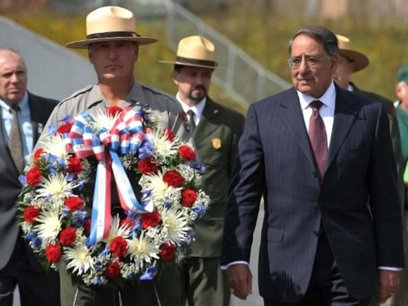 US defense secretary Leon Panetta lays a wreath at the Flight 93 national memorial during ceremonies commemorating the 11th anniversary of the 9/11 attacks in Shanksville, Pennsylvania. (AFP /Mandel Ngan)