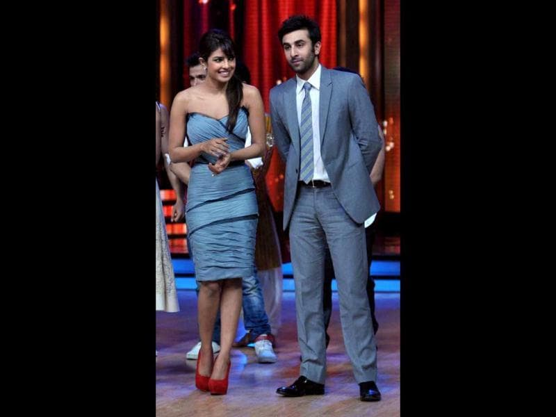 Barfi! stars Priyanka Chopra and Ranbir Kapoor pose together. (Photo: AFP)