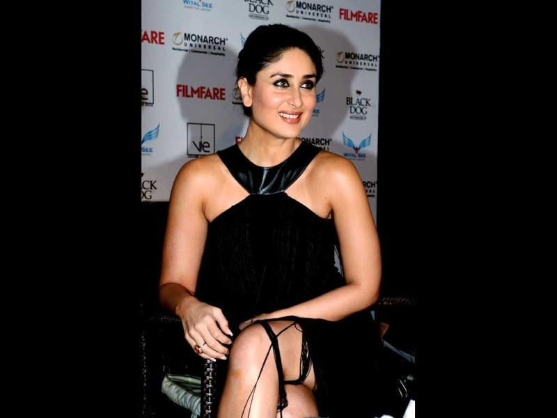 Kareena Kapoor looks stunning in a black attire.