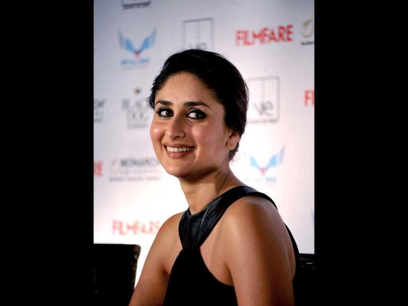 Kareena Kapoor poses for photogs during the unveiling of Filfare cover page.