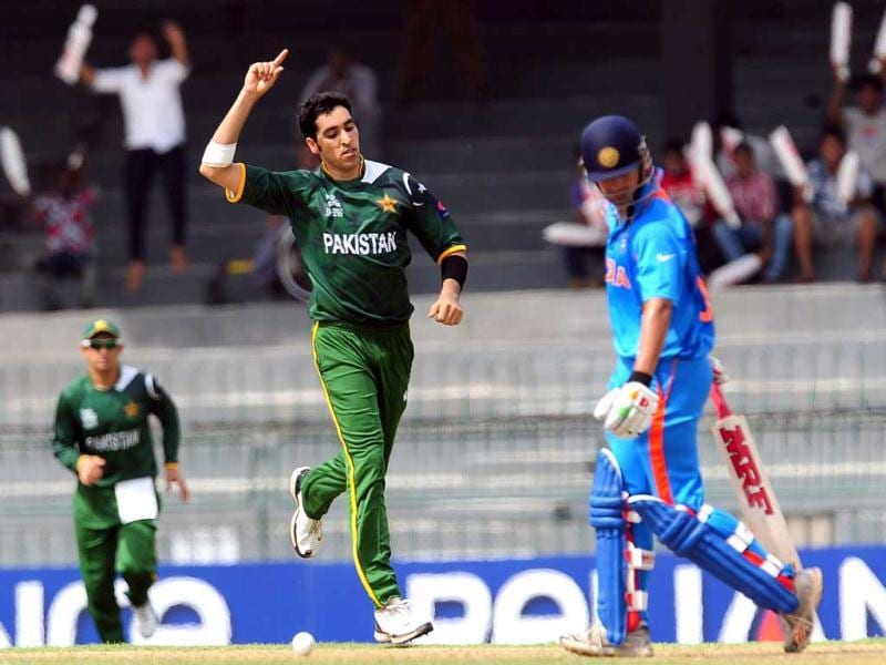 Umar Gul celebrates the wicket of Gautam Gambhir during a World Twenty20 warm-up match between India and Pakistan in Colombo. AFP/Lakruwan Wanniarachchi