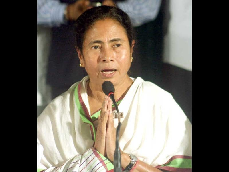 Trinamool Congress chief and West Bengal chief minister Mamata Banerjee at a press conference announcing withdrawal of support from UPA II goverment in Kolkata. (UNI)