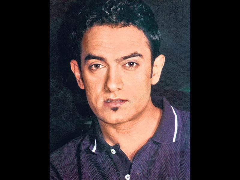 Khan goes trendy (2001): Aamir's sleek spikes and goatee became a rage among youngsters who rushed to salons to get the actor's suave metrosexual look that remains a trend even today.