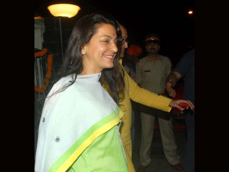Actress Juhi Chawla with husband arrives at Salman Khan's residence to immerse Ganesh idol. (UNI Photo)